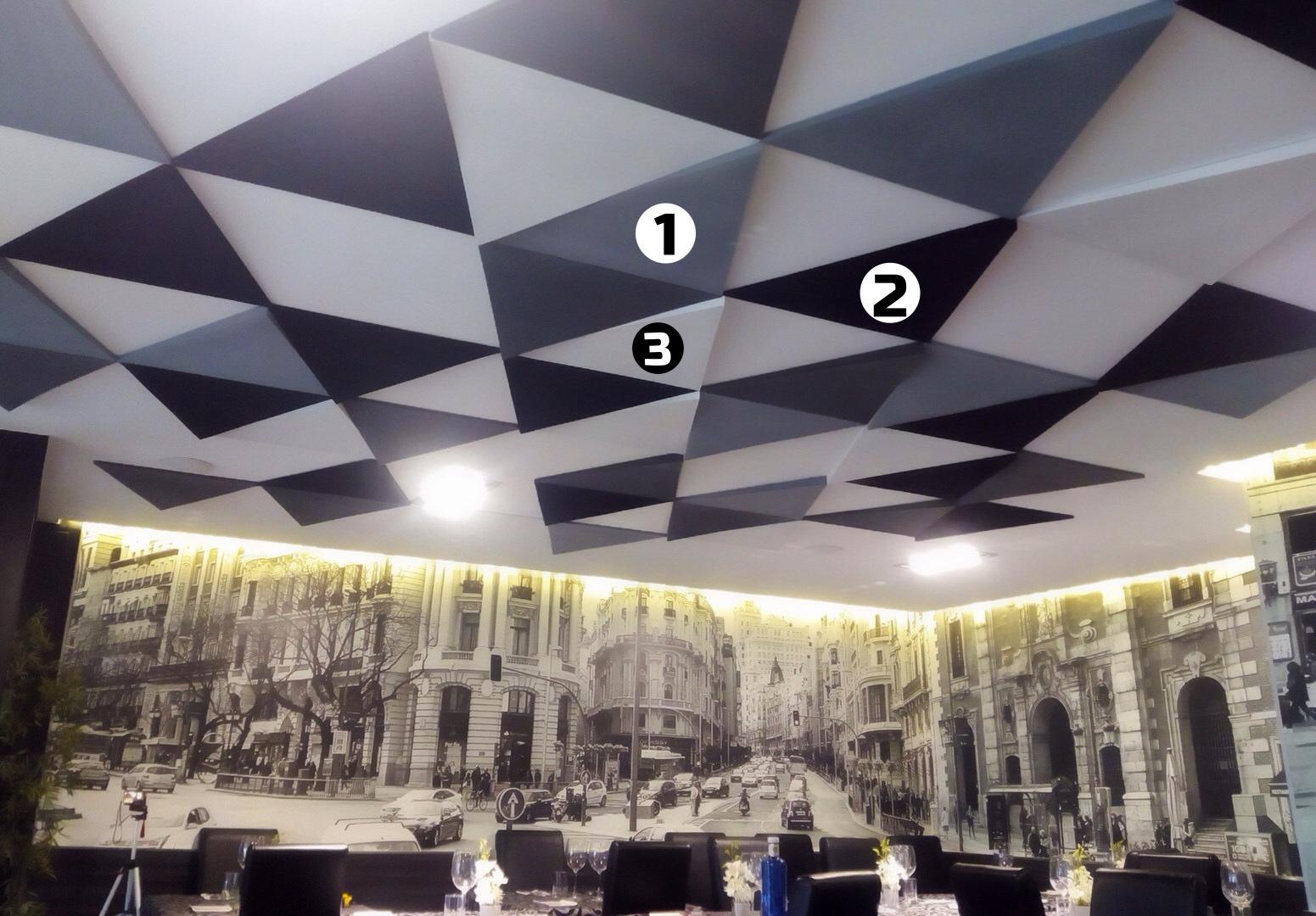 Paneles acusticos techo reducir reverberacion