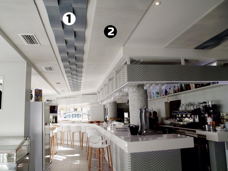 Paneles acusticos forma onda techo para reducir ruido